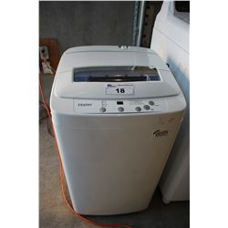 WHITE HAIER 1.5 CUBIC FT PORTABLE WASHING MACHINE  MODEL # HLP24E