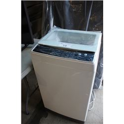 WHITE INSIGNIA 1.6 CUBIC FT PORTABLE WASHING MACHINE MODEL # NS-TWM16WH9
