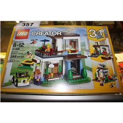 LEGO CREATOR - MODULAR MODERN HOME LEGO SET (386 PCS)