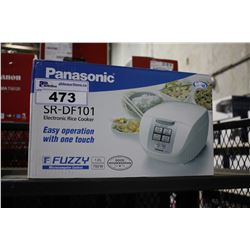 PANASONIC ELECTRONIC RICE COOKER (SR-DF101)