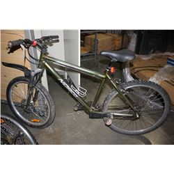 GREEN NORCO PINNACLE 21-SPEED MOUNTAIN BIKE