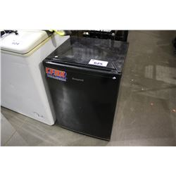 BLACK HONEYWELL MINI FRIDGE