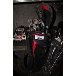 GOLF CLUBS IN CADDY