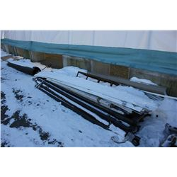 PALLET OF SIDING AND METAL EDGING