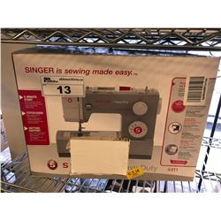 SINGER HEAVY DUTY SEWING MACHINE (4411)