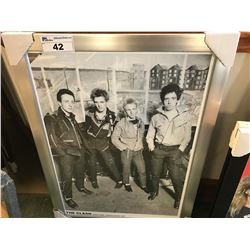 FRAMED PRINT - THE CLASH  (27 X 37)