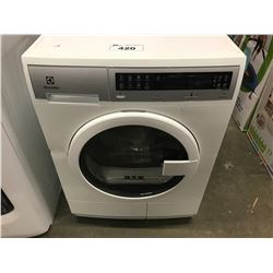 NEW WHITE ELECTROLUX WASHER MODEL EIED2CAQSW00 (COSMETIC DAMAGE)