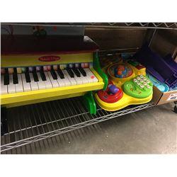 MELISSA & DOUG PIANO, ACTIVITY TOY
