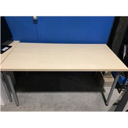 SMALL OFFICE/ LUNCH ROOM TABLE