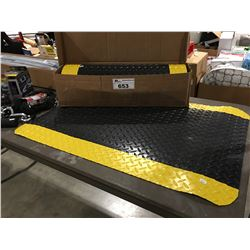 2 THICK RUBBER WORKSHOP FLOOR MATS - BLACK & YELLOW