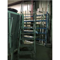 7' MOBILE WAREHOUSE STAIRS