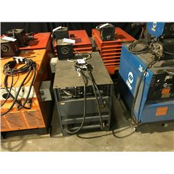 LINCOLN ELECTRIC IDEALARC R3R - 400 DC ARC WELDING POWER SOURCE WITH MILLER RHC - 3 REMOTE HAND
