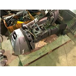 EDWARDS MARINER 8 GAS POWERED OUTBOARD MOTOR