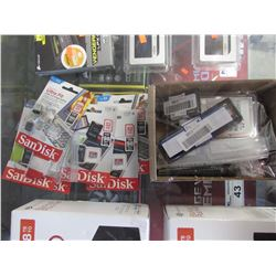 SMALL BOX OF ASSORTED SD CARDS, COMPUTER RAM MODULES, HDD, ETC