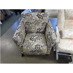 DECORATIVE FLORAL PRINT PLUSH CHAIR