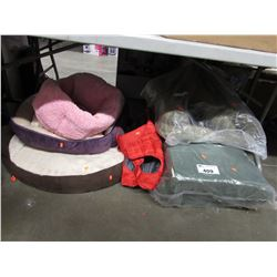 LARGE LOT OF PET BEDS