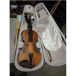 MENDINI VIOLIN & CASE BY CECILIO