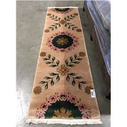 "TIBET- WOOL 8'6""X2'6"" PERSIAN AREA RUG RUNNER (RETAIL VALUE $1,700.00)"