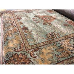ORIENTAL SUPPER 8'X5' PERSIAN AREA RUG (RETAIL VALUE $2,370.00)