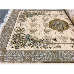 ORIENTAL SUPPER 7'X5' PERSIAN AREA RUG (RETAIL VALUE $790.00)
