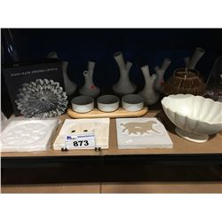 SHELF LOT OF ASSORTED DECORATIVE PIECES- SWEDISH CRYSTAL/CANDLE HOLDERS/ POTTERY PCS ETC