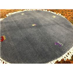 "NAPAL-WOOL 3'3""'X3'3"" ROUND  AREA RUG (RETAIL VALUE $380.00)"