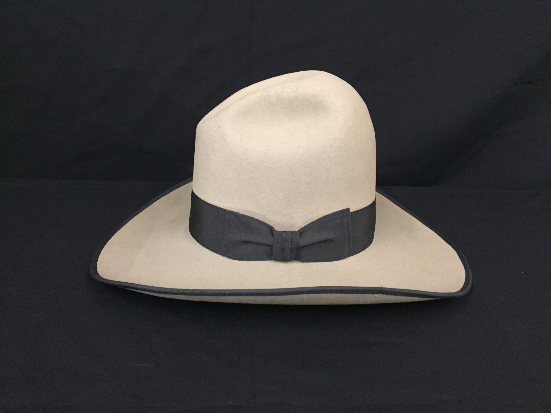 8ae6072a4b55c Image 1   Vintage Stetson Cowboy Hat ...