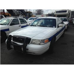 2006 FORD CROWN VICTORIA, WHITE, 4DRSD, GAS, AUTOMATIC, VIN#2FAHP71W46X111662, TMU (DISPLAY OUT),