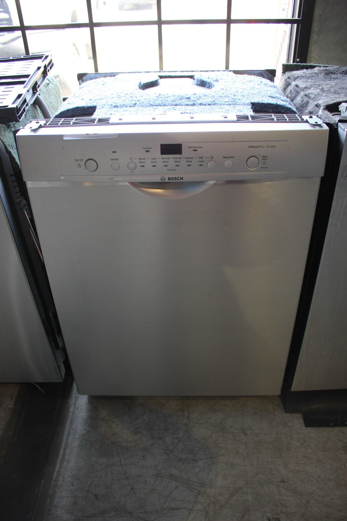 Stainless Steel Bosch Silence Plus 50 Dba Built In Dishwasher Able Auctions