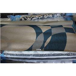 8' BLUE/BEIGE PATTERNED AREA RUG