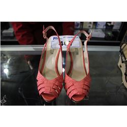 PINK GUESS HEELS - SIZE 5.5