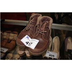 BROWN UGG BOOTS - SIZE 6