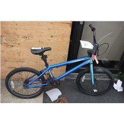 BLUE HARO 200.1 BMX BIKE