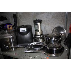 SHELF LOT OF KITCHENWARE INCLUDING LAGOSTINA POT AND PAN SET, CUISINART BLENDER AND 2 QT FROZEN