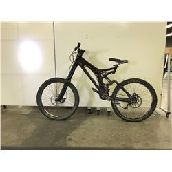 BURGUNDY NO NAME FULL SUSPENSION 8 SPEED MOUNTAIN BIKE