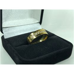 GOLD COLOUR TITANIUM STEEL RING WITH 9 CUBIC ZIRCONIUM DIAMONDS, SIZE 7