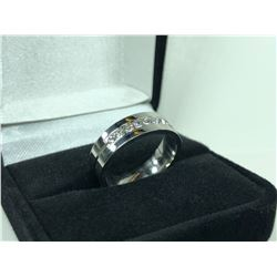 SILVER COLOUR TITANIUM STEEL RING WITH 9 CUBIC ZIRCONIUM DIAMONDS, SIZE 12