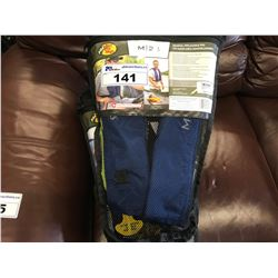 BASS PRO SHOP M 24 MANUAL INFLATABLE PFD VEST