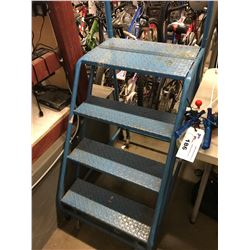 BLUE COMMERCIAL 4-STEP ROLLING SHOP LADDER
