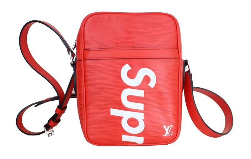 92d8229c4404 Image 1   Louis Vuitton X Supreme Danube Epi PM Red limited edition Bag   Image 2 ...
