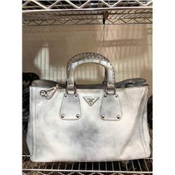 Prada in Spazzato Shopping Bag in Leather Whitewash
