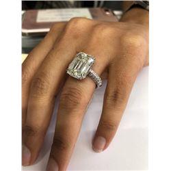 Designer 10.00ct Diamond Ring in 18K Gold Emerald Cut