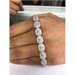 Designer 10.00ctw Diamond Bracelet in 18K Gold