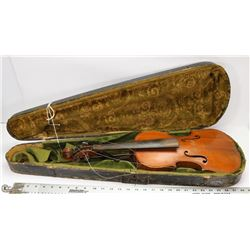 ANTIQUE VIOLIN WITH WOOD CASE.