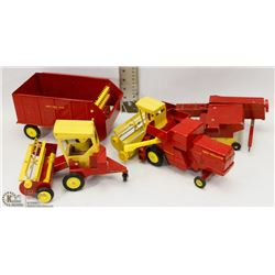 NEW HOLLAND ERTL DIECAST COLLECTION
