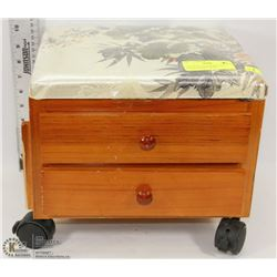 CHILD'S ROLLING WOOD CHEST STORAGE BENCH WITH