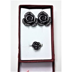 9 )  SILVER TONE & CLEAR CRYSTAL ROSE