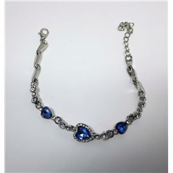 16)  BLUE & CLEAR CRYSTAL HEART