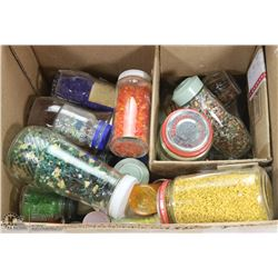 BOX OF ASSORTED NATURAL STONE & COLORED GLASS