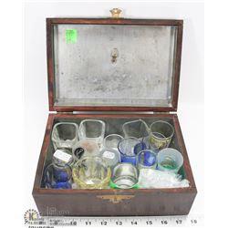 VINTAGE BOX OF ASSORTED SHOTGLASSES.